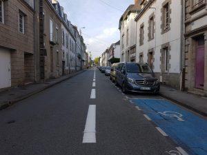 La bande cyclable de la rue Jeanne d'arc rénovée !!!